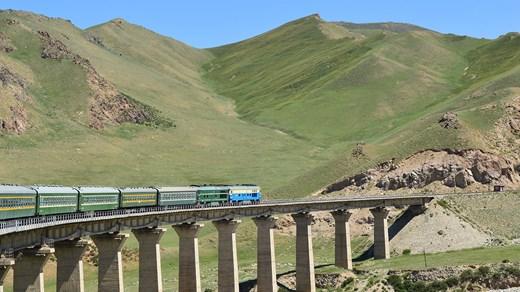 http://travels.kilroy.be/media/5220502/train-trans-mongolian-railroad.jpg?class=Image520x292